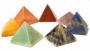 Set edelsteen chakra piramides - met fluwelen buidel